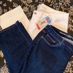 Denim - Bundle of Two Capri Pants Size 22W
